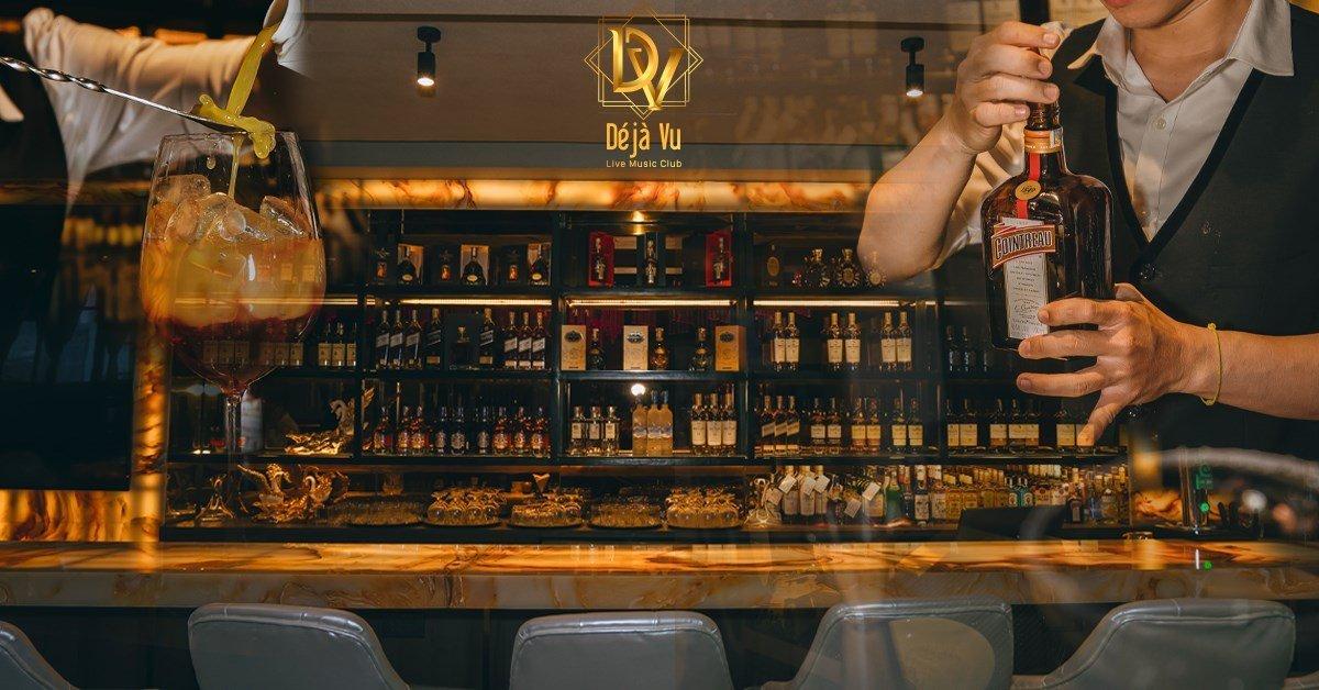 Deja Vu Bar Saigon singers on stage - Designed and Built by BM International Group