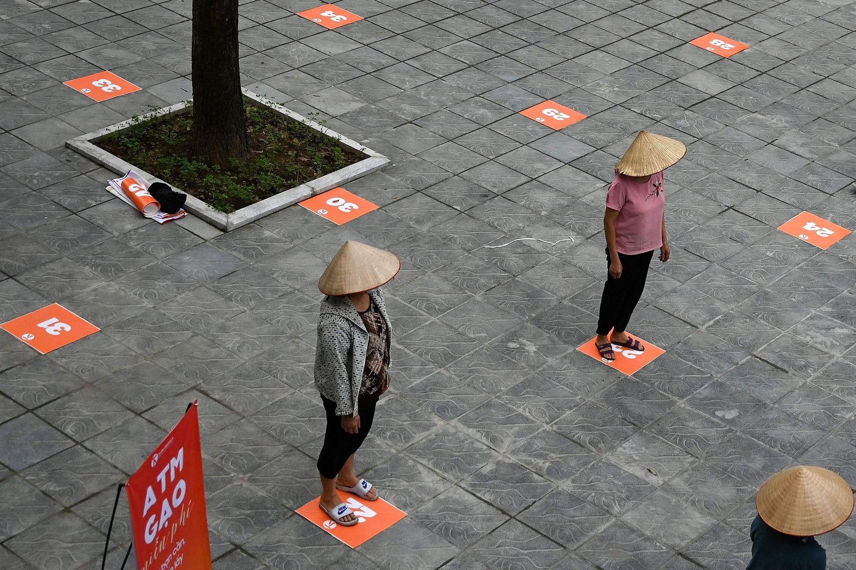 social-distancing-vietnam-hanoi-ho-chi-minh-city
